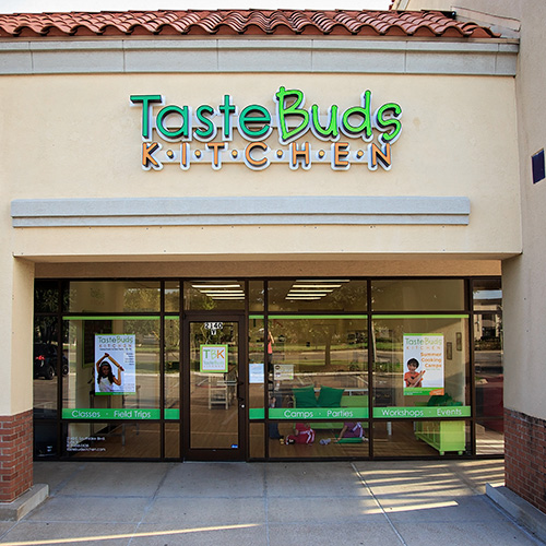 Taste Buds Kitchen Franchise. Detail, Cost and Fees ...